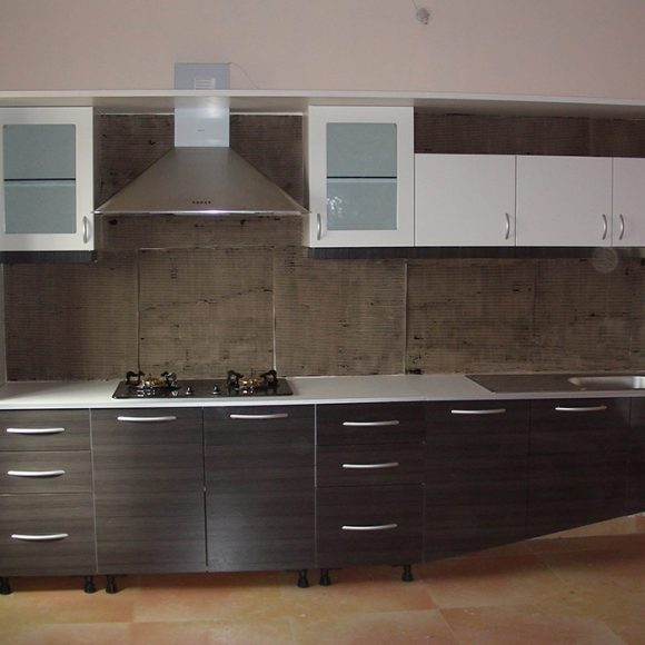 straight modular kitchen designs in pune  aapka furniture